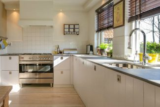 Kitchen Nook Designs To Keep Your Family Organized